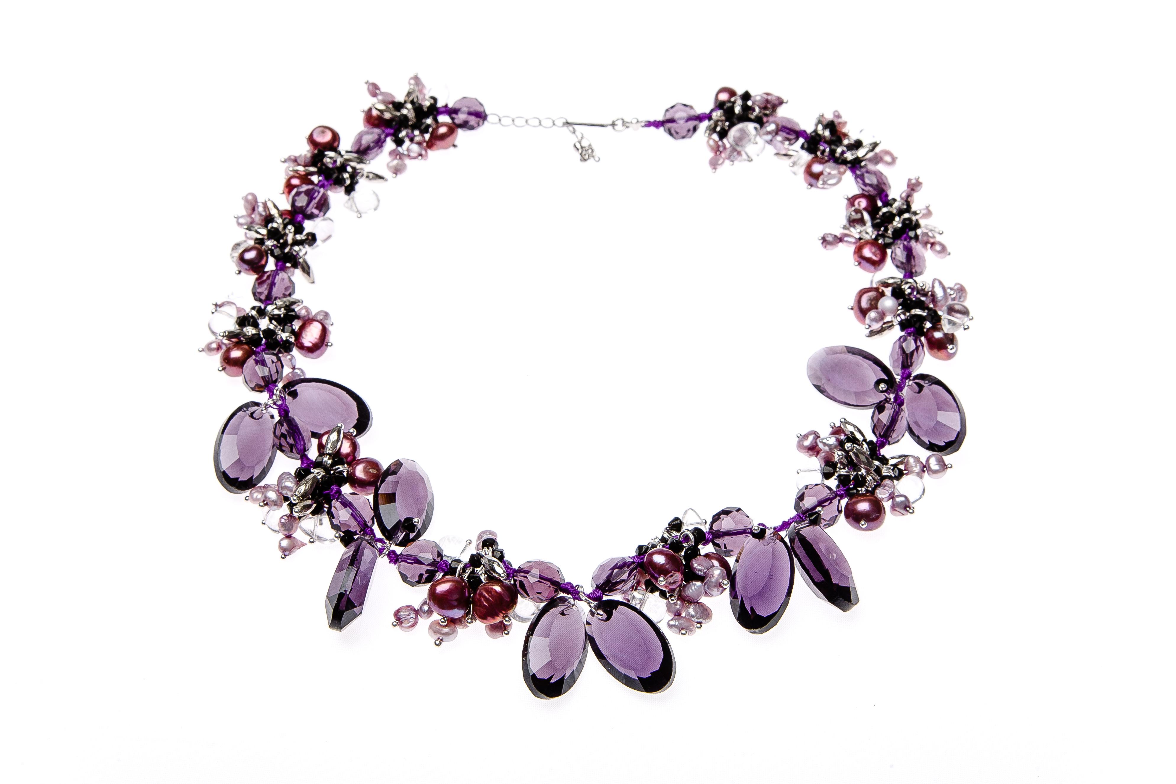 kette aus swarovsky steinen und perle starnish violet yusimi. Black Bedroom Furniture Sets. Home Design Ideas